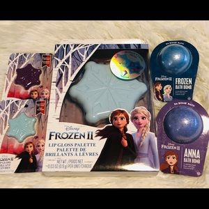 Disney's Frozen II Elsa & Anna Beauty Lot NEW
